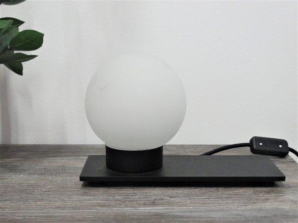 Kugla stolna LAMPA